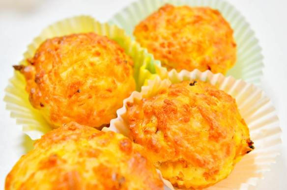 Veronica's Pumpkin Cheddar and Bacon Muffins